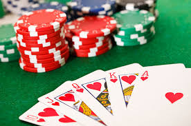 Play poker in the best live dealer online casinos.